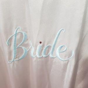 Night robe bride